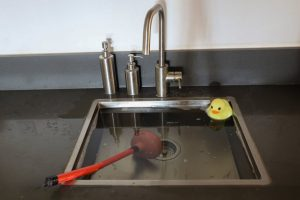 déboucher lave vaisselle